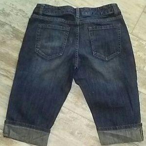 Mossimo Supply Co. Jeans - Mossimo sz 9 Jean Capri's